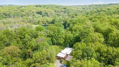Centerport Single Family Home For Sale: 5 Fort Salonga Rd