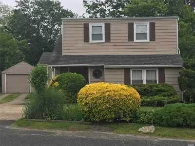 Islip Single Family Home For Sale: 109 N Ocean Ave