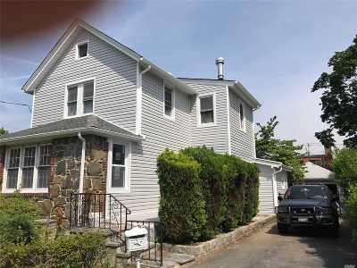 Carle Place, Westbury Single Family Home For Sale: 579 Broadway