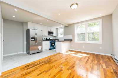 Queens County Single Family Home For Sale: 114-27 197th St