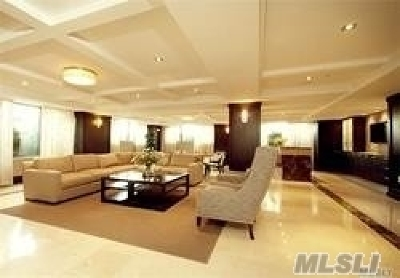 Forest Hills Condo/Townhouse For Sale: 64-05 Yellowstone Blvd #101