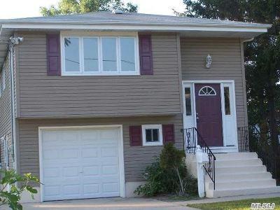 Bay Shore Single Family Home For Sale: 12 Garden St