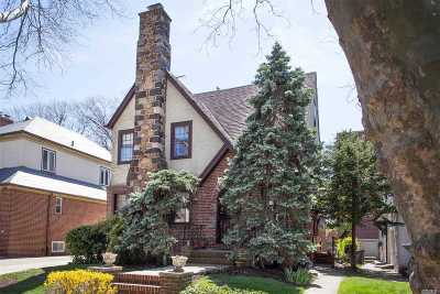 Forest Hills Single Family Home For Sale: 70-32 Juno St