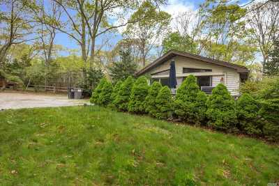 East Hampton Single Family Home For Sale: 149 Woodbine Dr