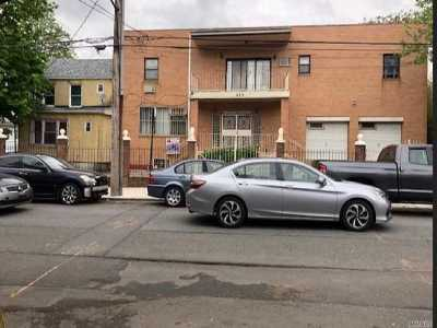 Brooklyn Single Family Home For Sale: 939 E 99th St