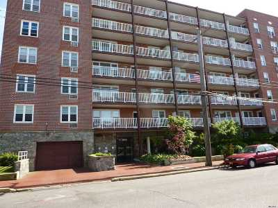 Long Beach NY Condo/Townhouse For Sale: $495,000