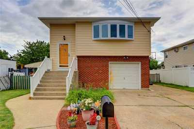N. Bellmore Single Family Home For Sale: 693 Sherman Ave