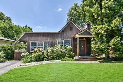 Port Washington Single Family Home For Sale: 27 Oldwood Rd