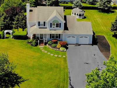 Baiting Hollow Single Family Home For Sale: 136 Northgate Cir