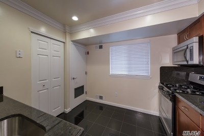 Coram Rental For Rent: 45 Country Club Dr #6C