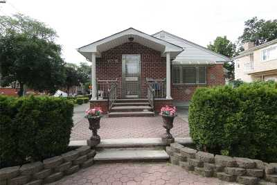 Fresh Meadows Single Family Home For Sale: 167-16 73 Ave
