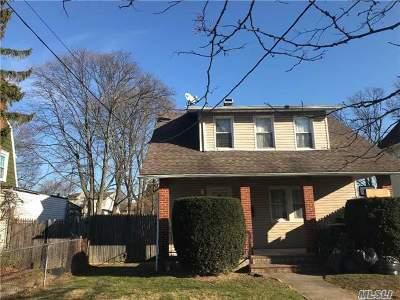 Freeport Single Family Home For Sale: 50 N Columbus Ave