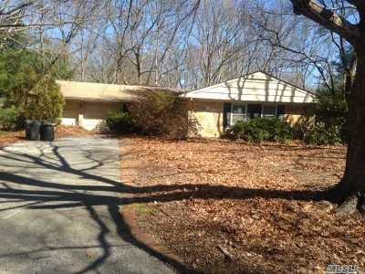 Stony Brook Single Family Home For Sale: 9 Saywood Ln