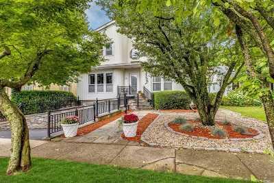 Roslyn Heights Single Family Home For Sale: 107 Burnham Ave