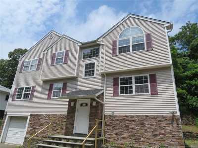 Huntington Single Family Home For Sale: 21 Evert St