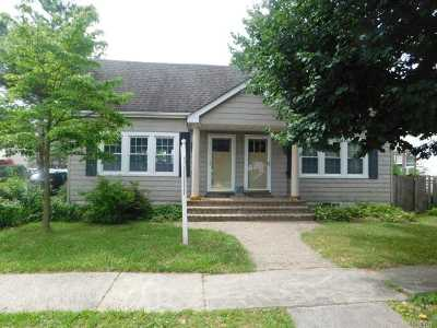 Baldwin Multi Family Home For Sale: 1040 Thomas Ave