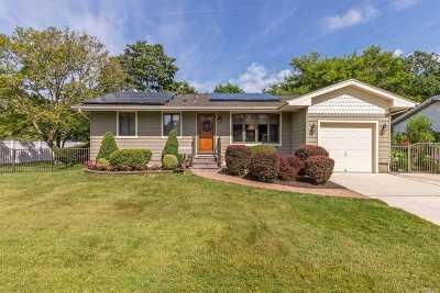 Pt.jefferson Sta Single Family Home For Sale: 26 Weldon Ln