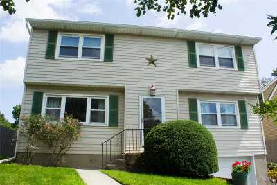 Huntington Rental For Rent: 224 Oakwood Rd