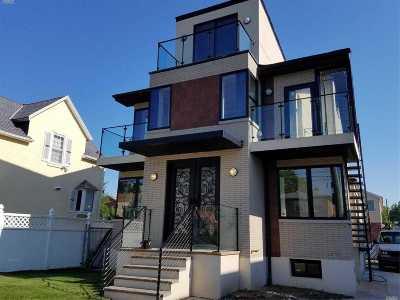 Flushing Multi Family Home For Sale: 150-23 25 Ave
