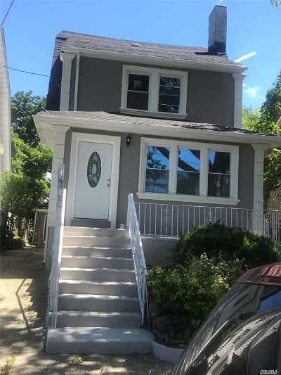 Single Family Home For Sale: 109-21 196th St