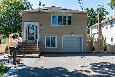 Westbury Single Family Home For Sale: 8 Poplar St