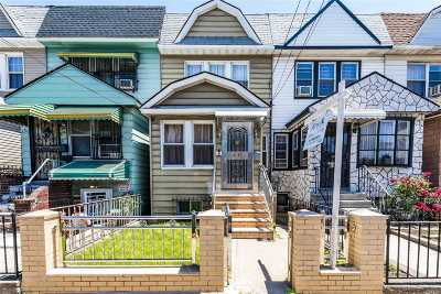 Woodside Single Family Home For Sale: 37-07 69th St