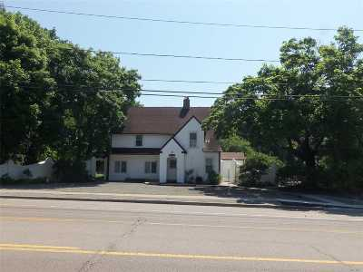 East Moriches Single Family Home For Sale: 304 Montauk Hwy
