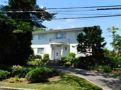 Woodmere Single Family Home For Sale: 800 Bryant St