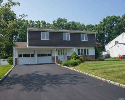 Hauppauge Single Family Home For Sale: 8 Sandra Dr