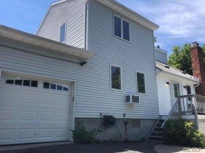 Sound Beach Single Family Home For Sale: 144 Sound Beach Blvd