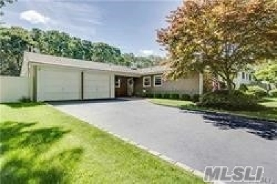 Stony Brook Single Family Home For Sale: 22 Bonnie Ln