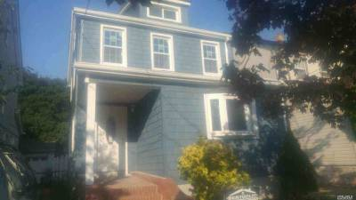 Floral Park Single Family Home For Sale: 9523 240th St