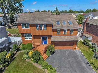 Oceanside NY Single Family Home Sale Pending: $799,000