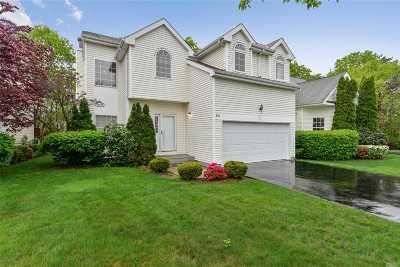 S. Setauket Single Family Home For Sale: 64 Sunflower Ridge Rd