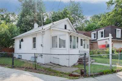 Little Neck Single Family Home For Sale: 42-24 Marathon Pky