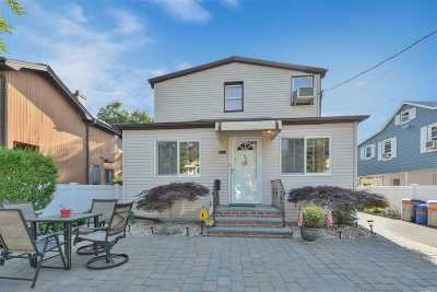 Port Washington Multi Family Home For Sale: 49 Graywood Rd