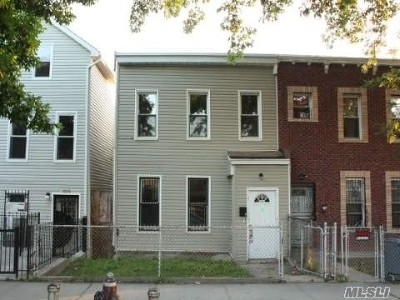 Brooklyn Single Family Home For Sale: 1693 Dean St