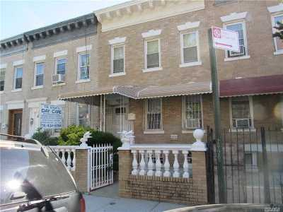 Brooklyn Multi Family Home For Sale: 105 Kenilworth Pl