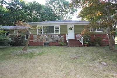 Sound Beach Single Family Home For Sale: 37 Woodhull Landing Rd