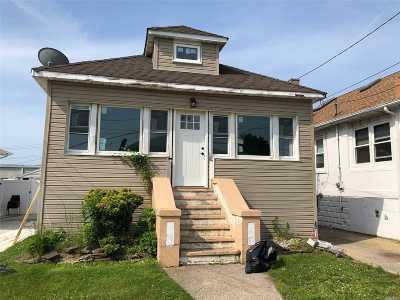 Island Park Single Family Home For Sale: 22 Carolina Ave