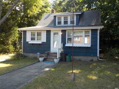 Single Family Home For Sale: 45 Columbus Ave