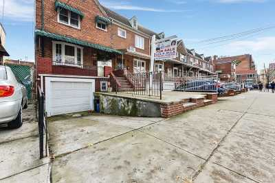 Forest Hills Single Family Home For Sale: 102-18 62 Ave