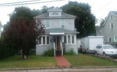 Bay Shore Single Family Home For Sale: 4 Oscar St