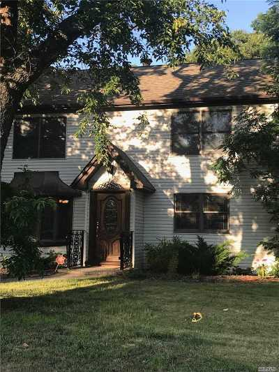 Centereach Single Family Home For Sale: 120 Stanley Dr