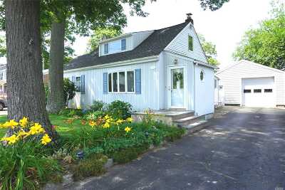 Single Family Home Pending: 50 Ruth Pl