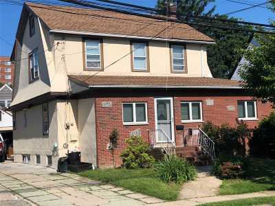 Bayside Single Family Home For Sale: 45-17 220th St