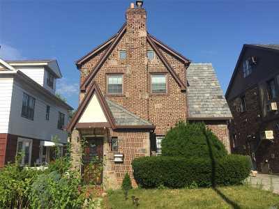 Flushing Single Family Home For Sale: 45-27 193rd St