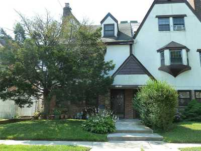 Bayside Multi Family Home For Sale: 213-42 29 Ave