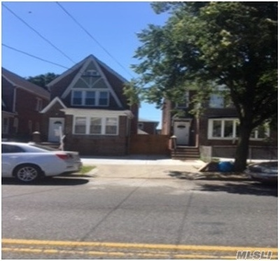 Ozone Park Multi Family Home For Sale: 114-06 Linden Blvd