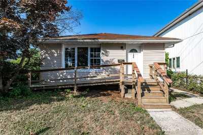 N. Bellmore Single Family Home For Sale: 1390 Bellmore Ave